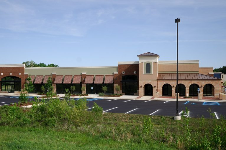 Lakeland Commons