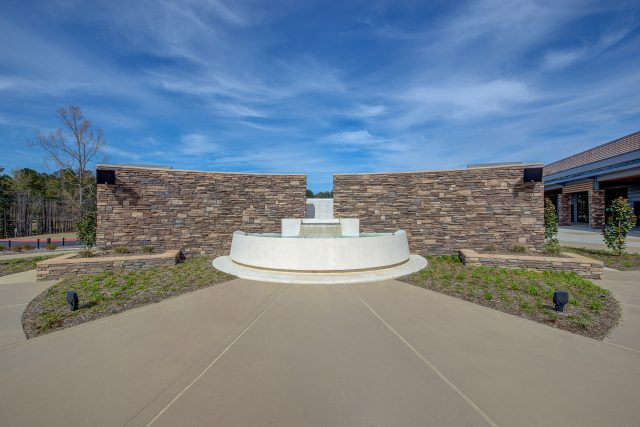 Outdoor Baptistry – Pinelake Reservoir Campus
